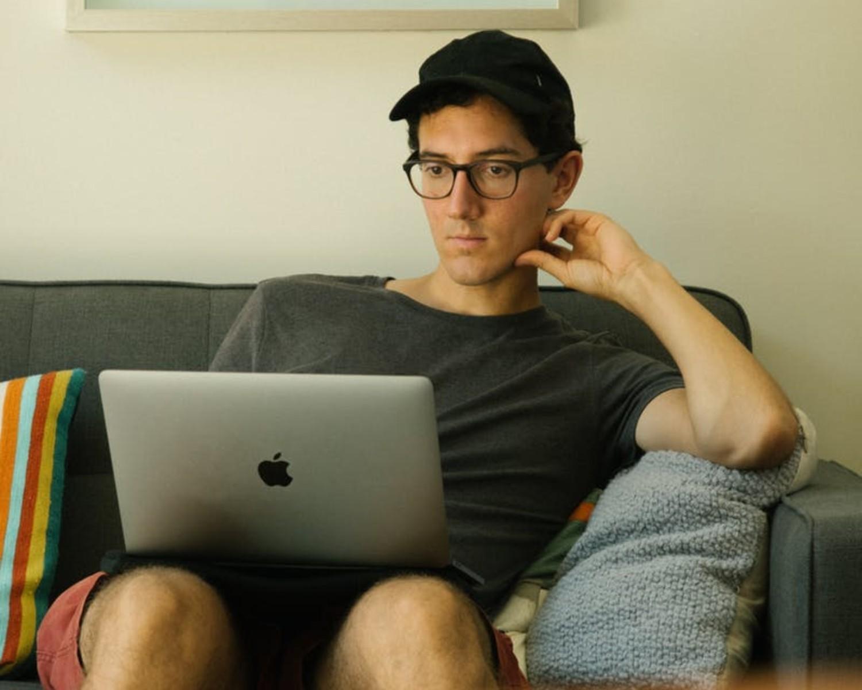 31 błędów w CV, przez które rekruterzy odrzucają Twoją aplikację