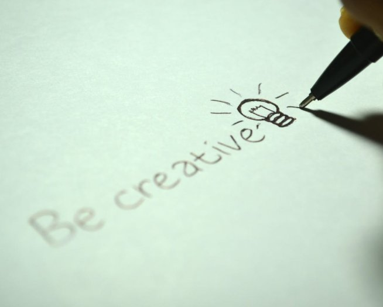 Creative CV templates: 10 ciekawych szablonów CV online