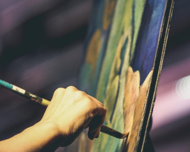 CV artystyczne - wzór. Jak napisać dobry życiorys artysty?