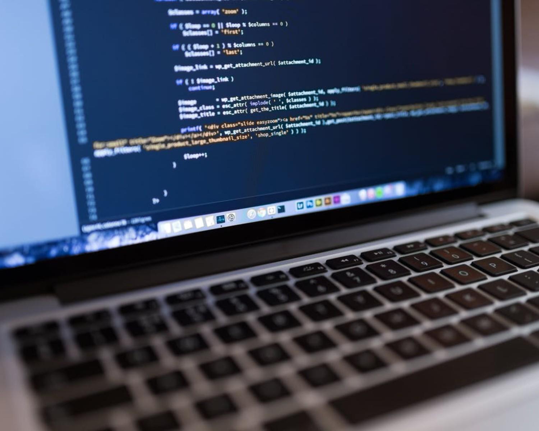 CV do IT i list motywacyjny: wzory dla różnych zawodów w IT