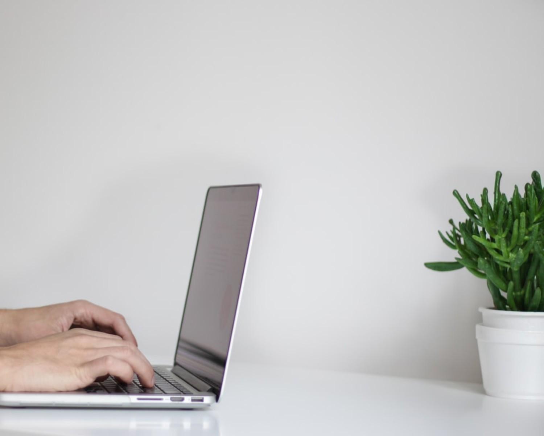 Rubryka CV O mnie — co napisać o sobie w CV? 5 przykładów