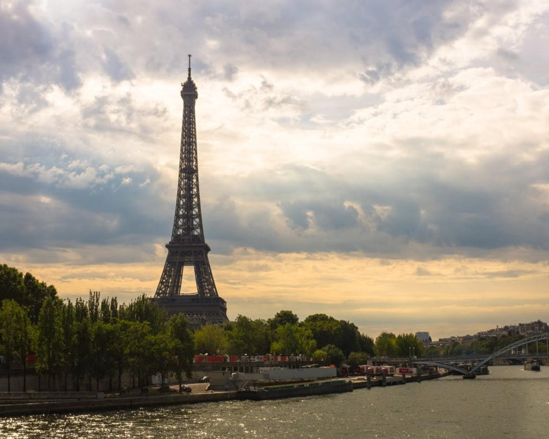 CV po francusku — wzór i przydatne zwroty do francuskiego CV