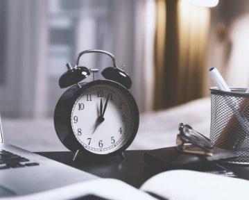 Czas pracy 2021 — wymiar czasu pracy na 1/1, 1/2 i 3/4 etatu