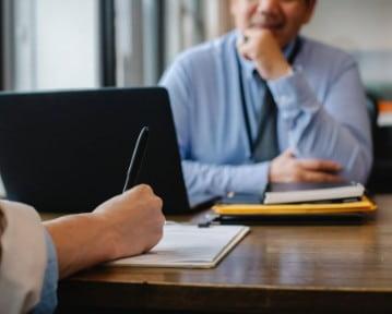 Jak dobrze wypaść na rozmowie kwalifikacyjnej? 10+ porad