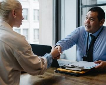 Jak przygotować się do rozmowy kwalifikacyjnej? 10+ porad