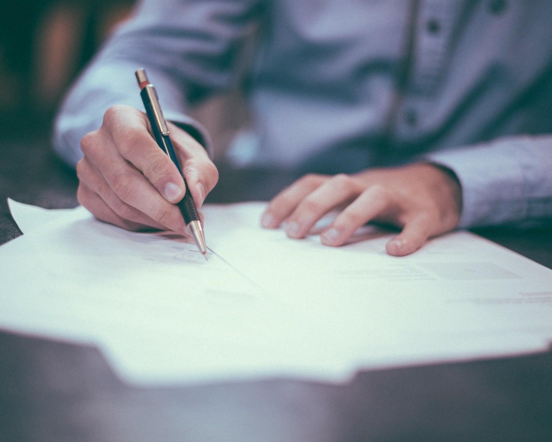List motywacyjny referent (wzór) i CV referenta: jak napisać?
