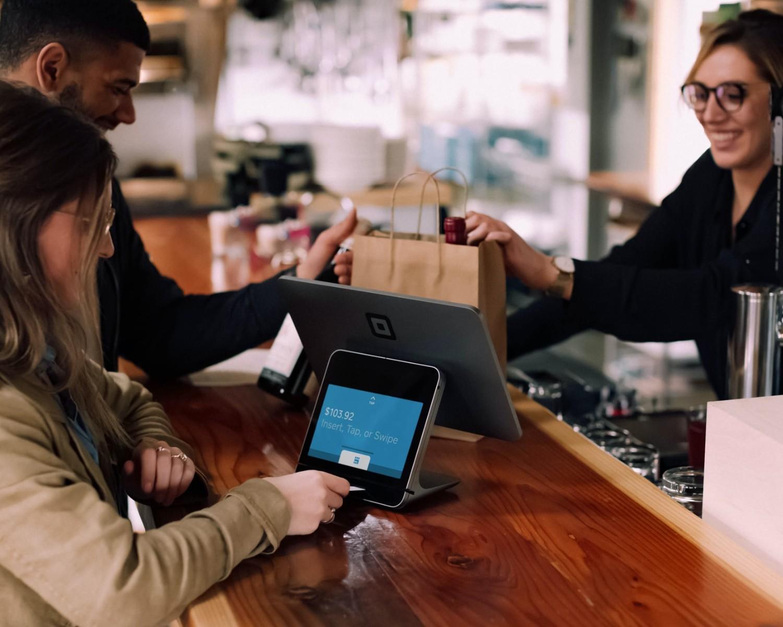 Podanie o pracę sprzedawca i kasjer: wzór i rady, jak napisać