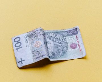 Co Polacy sądzą o podatkach? Badanie 2021