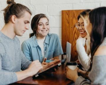 Generacja / Pokolenie Z — co to? Gen Z na rynku pracy