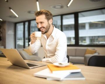 Przerwa w pracy a Kodeks pracy: ile przerwy na 12 i 8 godzin?