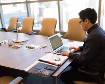 Reference letter example: przykład referencji dla pracownika