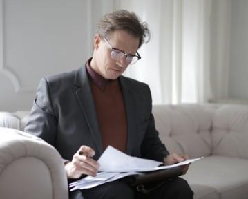 Rozwiązanie umowy o pracę przez pracownika - wzór i porady