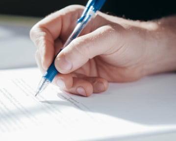 Wypowiedzenie umowy o pracę na czas określony: wzór i rady