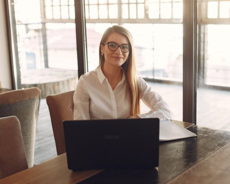 Życiorys a CV i życiorys zawodowy: różnice. Kiedy pisać który?